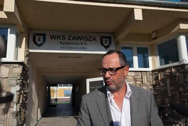Czy Artur Czarnecki chce rozwoju piłkarskiej spółki, czy postawienia jej w stan upadłości? Fot. Filip Kowalkowski