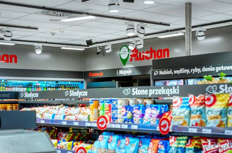 Tak wygląda pierwszy sklep Easy Auchan na stacji benzynowej w Polsce. Znajduje się w Warszawie, przy stacji bp Reduta.Zobacz kolejne zdjęcia. Przesuwaj