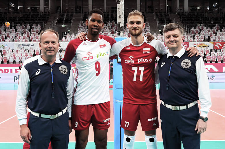 Reprezentacja Polski rozegrała drugi wewnętrzny sparing w Łodzi, który zastąpił mecze towarzyskie z Estonią. W poniedziałek kadra została podzielona