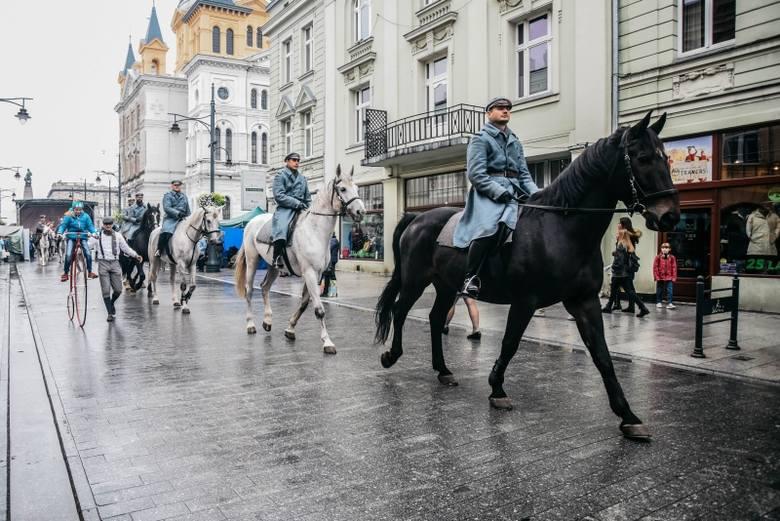 """Akcja """"Expressu Ilustrowanego"""" Od placu Wolności do Niepodległości!"""