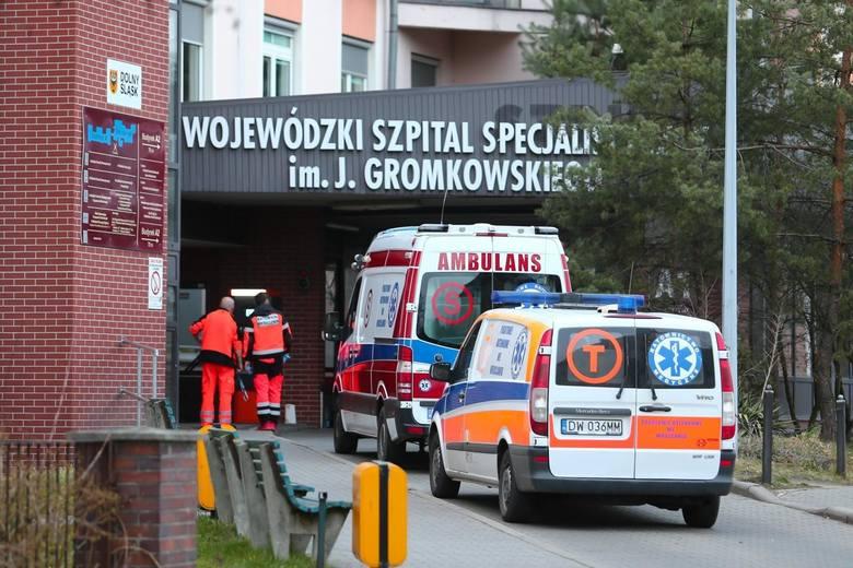 73-latek, druga ofiara koronawirusa w Polsce, zmarł w Wojewódzkim Szpitalu Specjalistycznym im. J. Gromkowskiego przy ul. Koszarowej we Wrocławiu