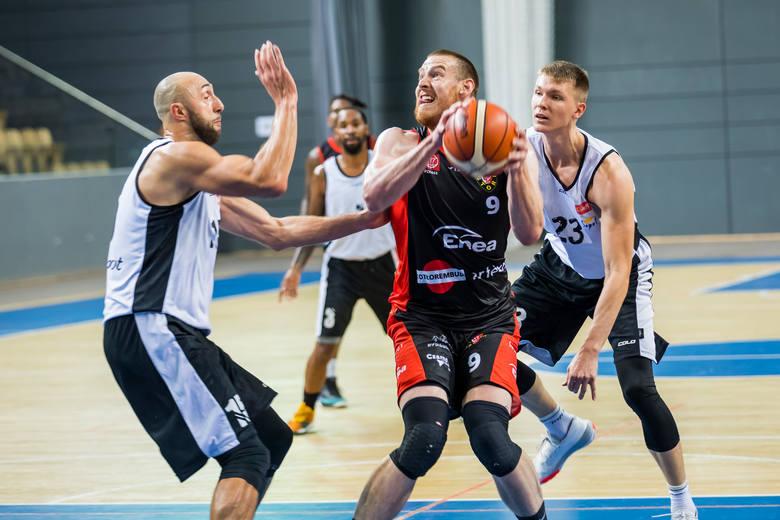 W meczu turnieju Enea Bydgoszcz Cup Enea Astoria przegrała z Treflem Sopot 90:95 (26:26, 29:15, 15:36, 20:18). Punkty dla bydgoskiego zespołu zdobyli: