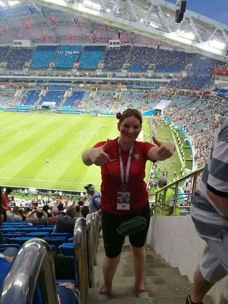 Małgorzata Milewska-Augusto z mężem Portugalczykiem w Soczi nie tylko świetnie bawili się na meczu Hiszpanii z Portugalią, lecz także spotkali reprezentantów