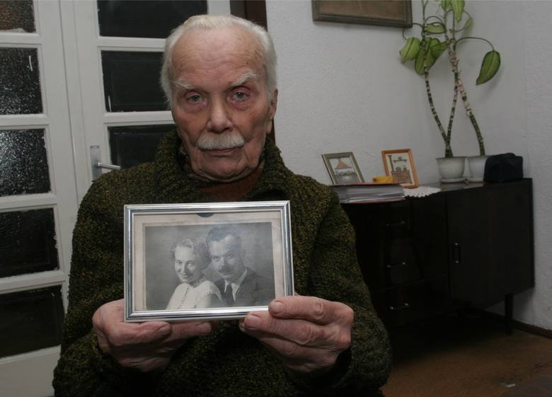 Mjr Czesław Blicharski nie żyje. Ostatni pilot Dywizjonu 300 [WSPOMNIENIE, WIDEO]