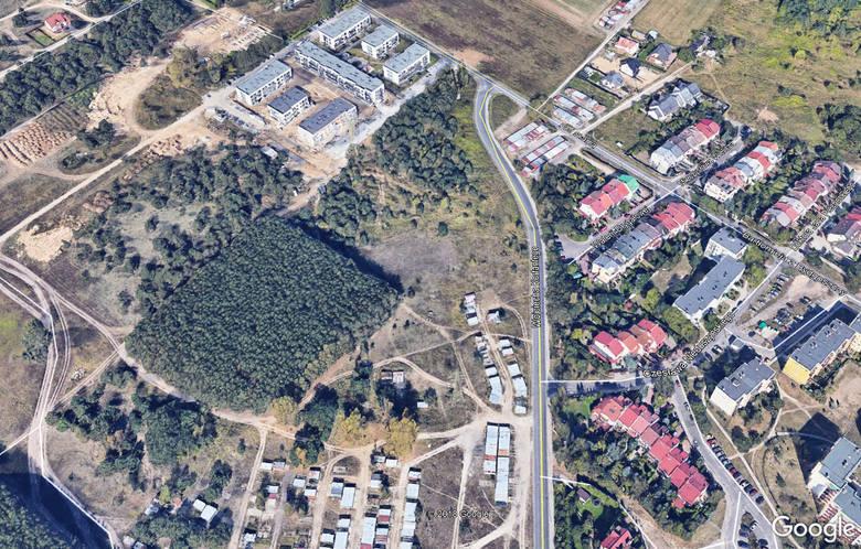 Do zdarzenia doszło na ścieżce przy lasku w okolicy bloków przy ul. Frydrychowicza i Gołębiewskiego w Fordonie
