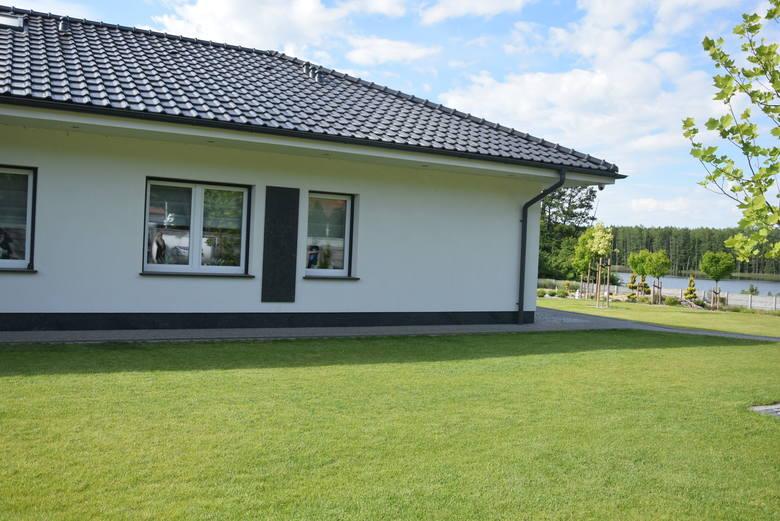 Dom i ogród żużlowca Stali Gorzów Bartosza Zmarzlika w Kinicach