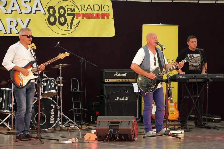 W minioną sobotę (20.08.2016 r.) w Koszęcinie odbył się koncert z okazji 20-lecia Radia Piekary z udziałem śląskich wykonawców.