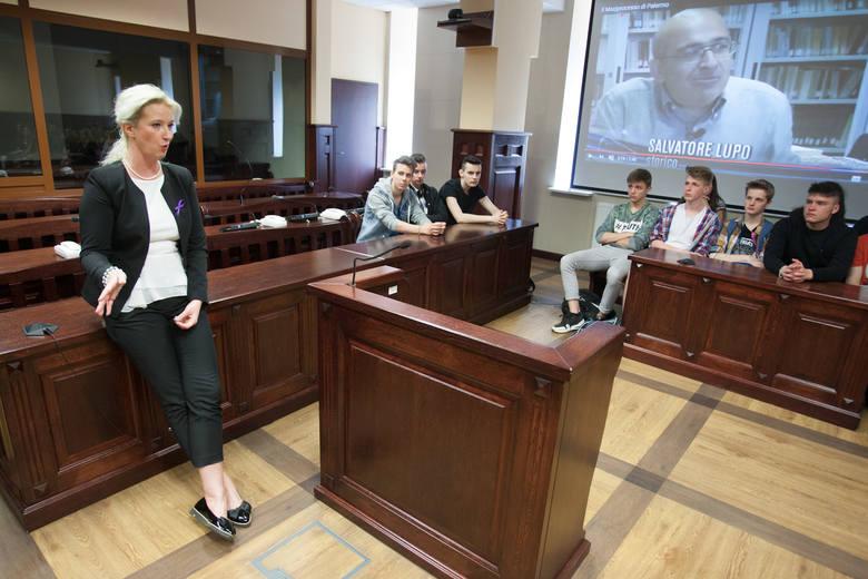 Wczoraj w Sądzie Okręgowym w Słupsku w Dzień Wymiaru Sprawiedliwości, upamiętniającym rocznicę śmierci sędziego Śledczego Giovaniego Falcone, jego żony