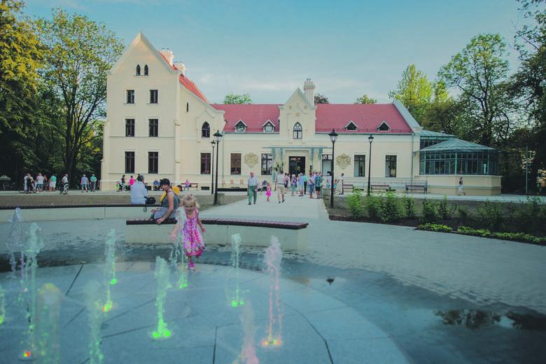 Rewitalizacja zabytkowych obiektów kultury i sportu, wraz z dalszą rozbudową infrastruktury rekreacyjnej dla wszystkich pokoleń: ostatnie etapy rewitalizacji Pałacu Rheinbabenów oraz zabytkowej Pływalni Miejskiej