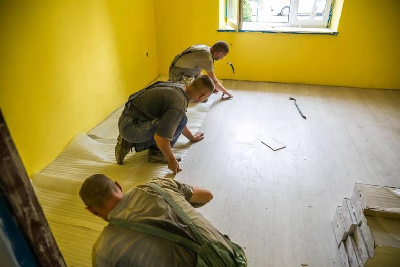 Jakie prace zlecamy fachowcomRaport Oferteo.pl pokazuje również, że szukamy ekipy, która będzie w stanie zrealizować szeroki zakres prac: od malowania