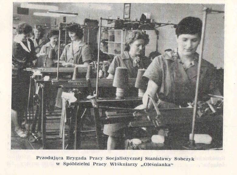 90 procent załogi spółdzielni Oleśnianka stanowiły kobiety. W oleskim zakładzie pracowało wówczas 356 osób.