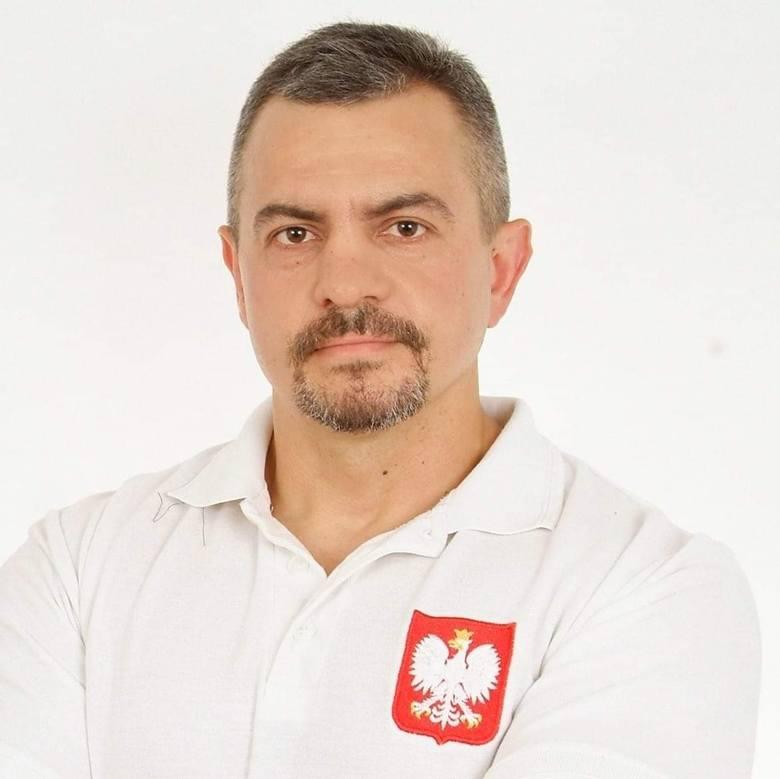 Trener (Skierniewice)<br /> Sebastian Stępniak – trójbój siłowy (SSSW), 148 gł.
