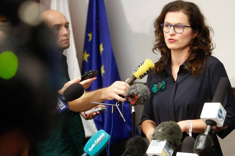 Briefieng prasowy Aleksandry Dulkiewicz po podpisaniu specustawy o Westerplatte