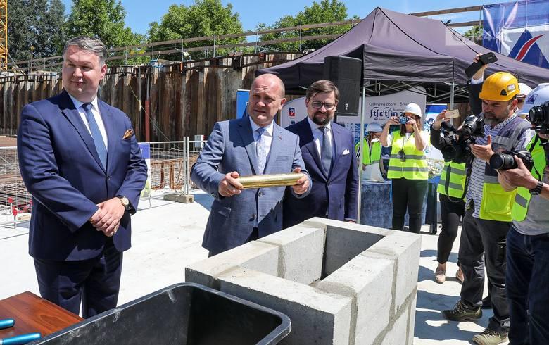 Uroczystość podpisania aktu erekcyjnego oraz wmurowania kamienia węgielnego pod budowę Fabryki Wody w Szczecinie
