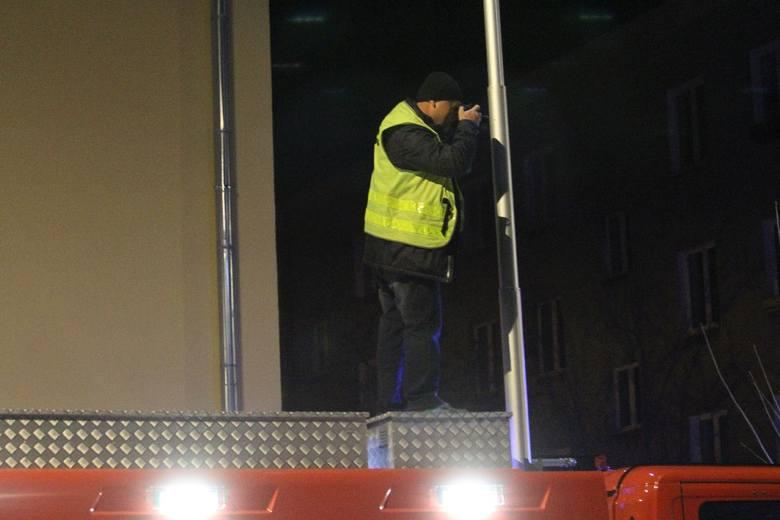 Śmiertelny wypadek w Nowej Dębie. Nie żyje 25-letni mężczyzna [ZDJĘCIA]