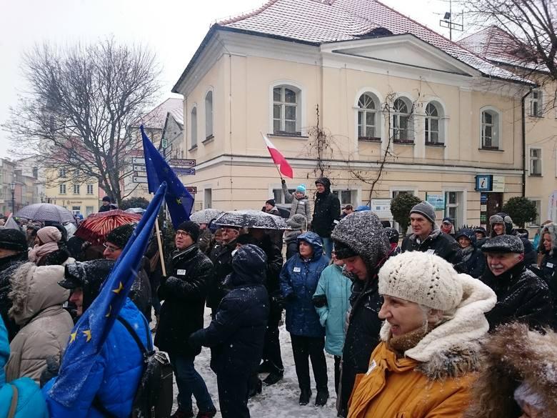 Manifestacje Komitetu Obrony Demokracji przeciw inwigilacji