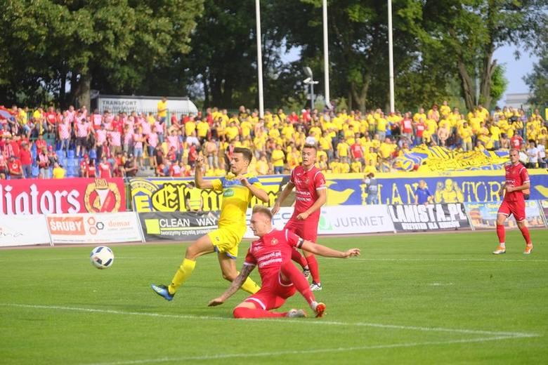 Piłkarze Elany Toruń zakończyli rundę jesienną na trzecim miejscu. Beniaminek był objawieniem II ligi i rozegrał szereg udanych meczów. Najważniejszym