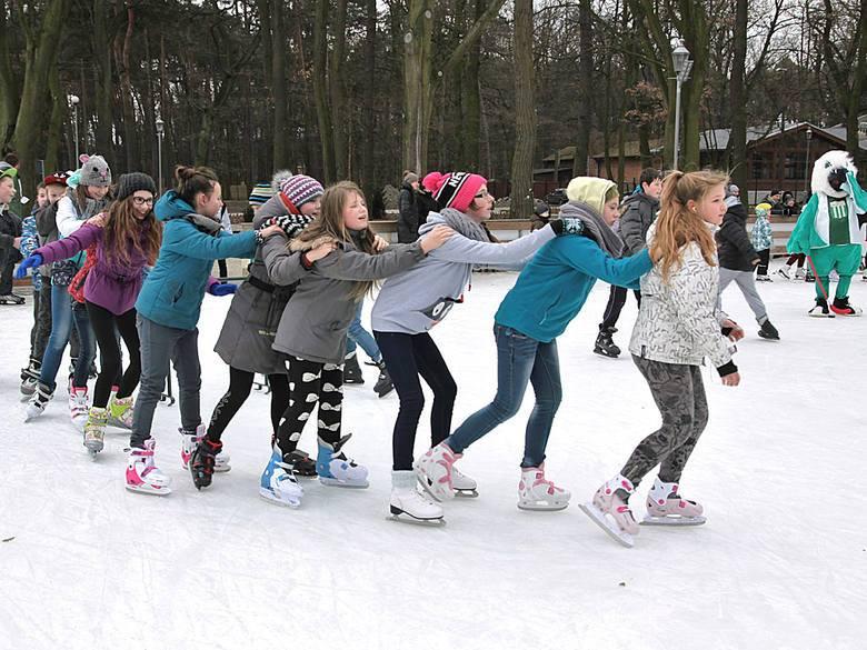 W poniedziałek ruszają ferie zimowe w naszym województwie. Sprawdzamy z jakich atrakcji skorzystać mogą dzieci i młodzież w Grudziądzu.