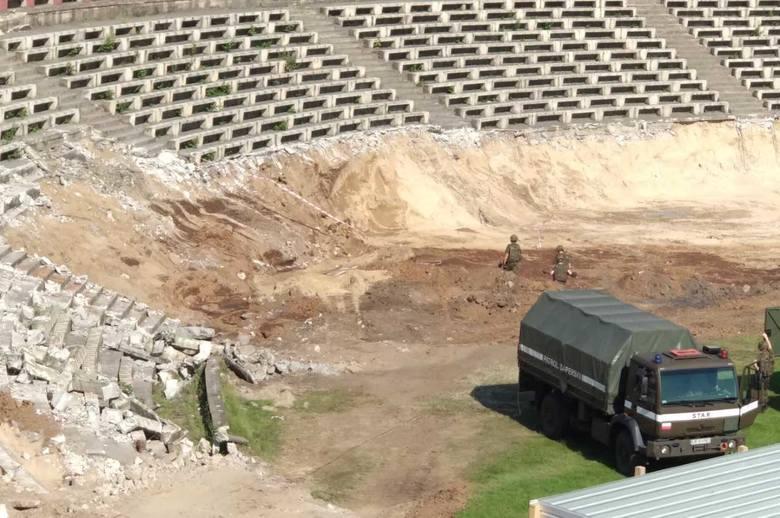 Stadion Pogoni w Szczecinie. Saperzy znaleźli składowisko pocisków artyleryjskich