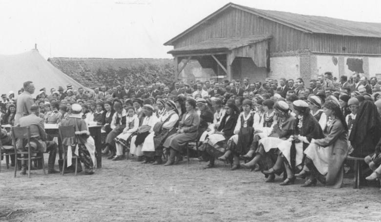 Brześć Kujawski, 1936r. Zjazd kółek i organizacji rolniczych.