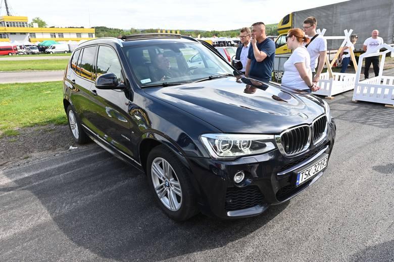 Niedziela 16 maja na giełdzie w Miedzianej Górze była jeśli chodzi o ilość oferowanych aut jedną z lepszych. Wybór samochodów był wyjątkowo duży, a rozpiętość
