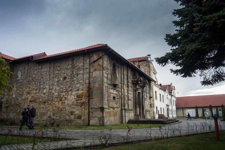 Przyklasztorny kościół został ograbiony i zdewastowany<br />