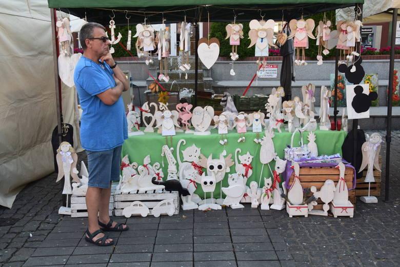 Jarmark odbywa się na Rynku Staromiejskim w Stargardzie