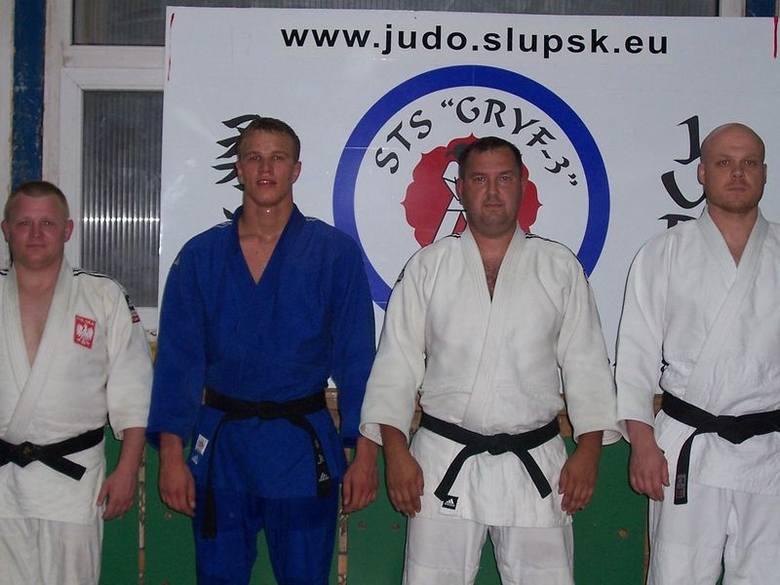 Od lewej stoją Świercz, Błoński, Łakomski i Wiśniewski.