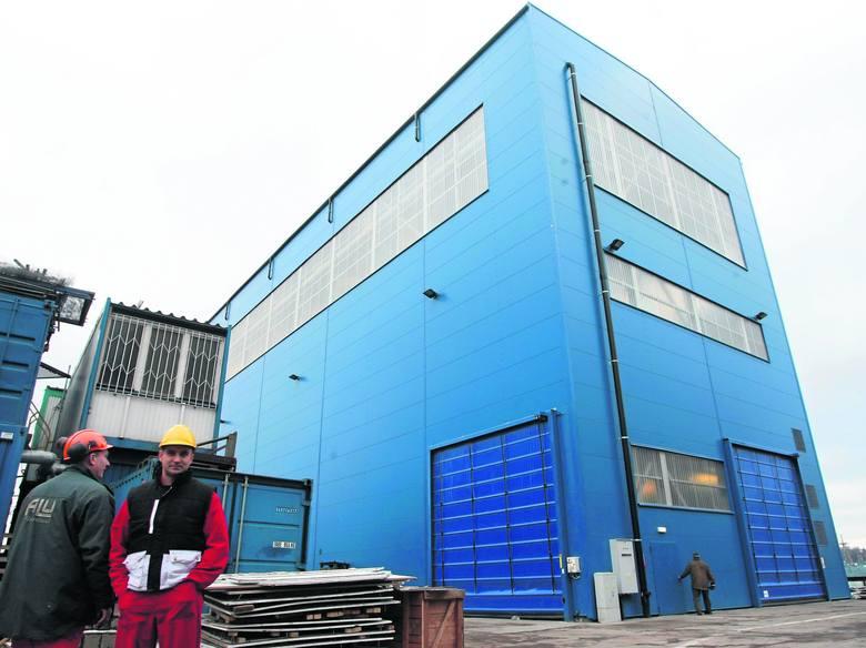 Budowę hali do prefabrykacji sekcji jednostek ukończono właśnie w stoczni Damen Shipyards Gdynia SA specjalizującej się w produkcji megajachtów dla