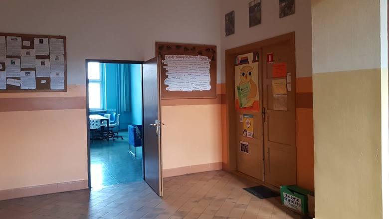 Koronawirus. Liceum w Strzelcach Opolskich zamknięte z powodu zagrożenia epidemią
