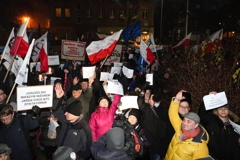 Po burzy w Sejmie: dziś w Szczecinie protest opozycji