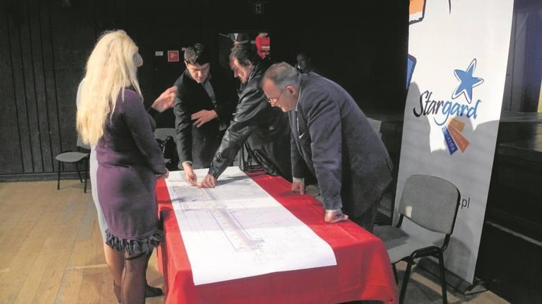 Na spotkaniu w Stargardzkim Centrum Kultury pokazano założenia budowy centrum przesiadkowego