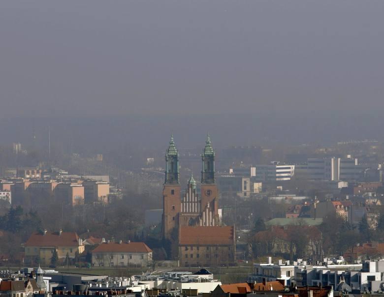 Według danych Wojewódzkiego Inspektoratu Ochrony Środowiska zanieczyszczenie powietrza PM10 przekroczyło poziom dostateczny i zgodnie z prognozami wynosi