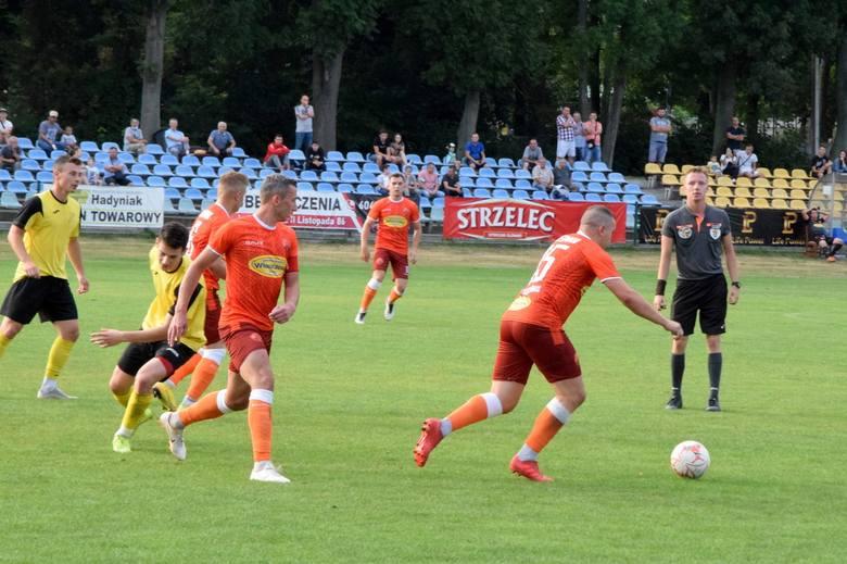 Piłkarze Hetmana Włoszczowa zagrają w tę niedzielę u siebie z GKSRudki. Czy zwyciężą?