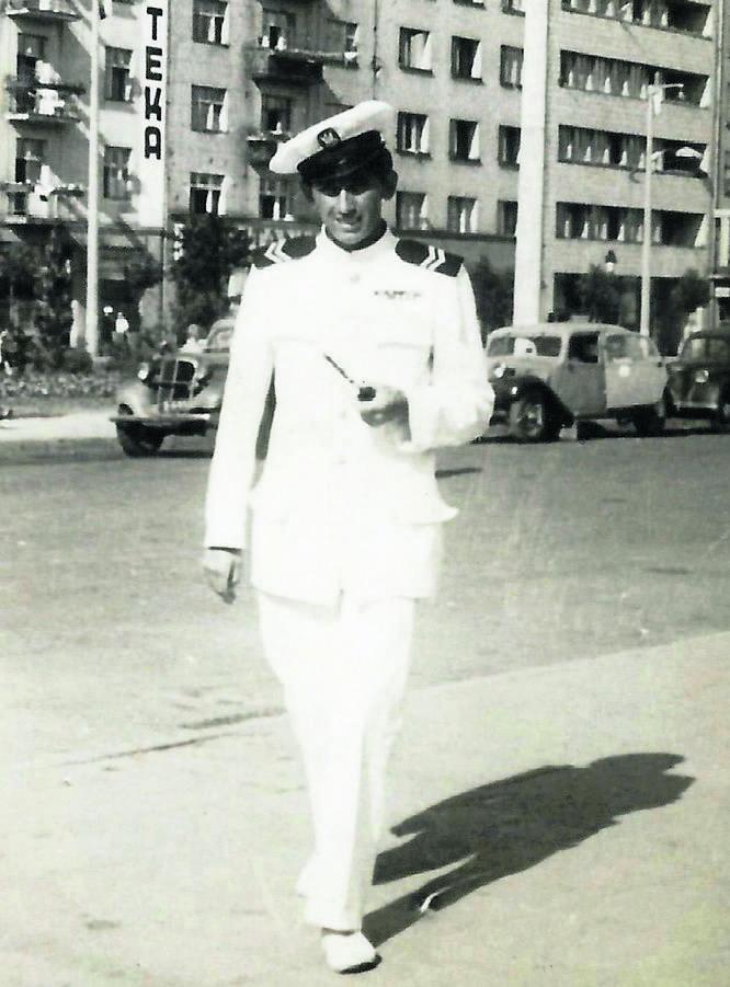 Utopimy cię w wojsku - zdecydowali dowódcy. Roman Rakowski w Marynarce Wojennej w Gdyni, rok 1947<br />