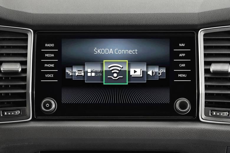 Aplikacje mobilne w samochodzie. Większa funkcjonalność i komfort