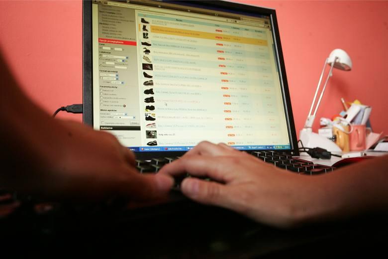 Płatność kartą w Internecie - co się zmieni 14 września?