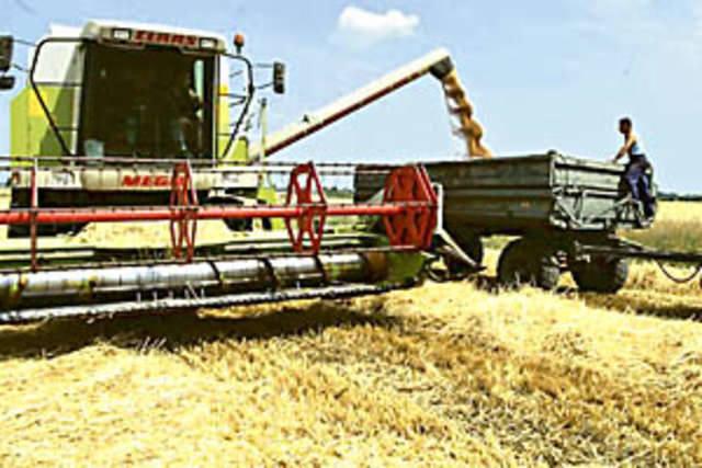 Rząd gra z rolnikami na zwłokę