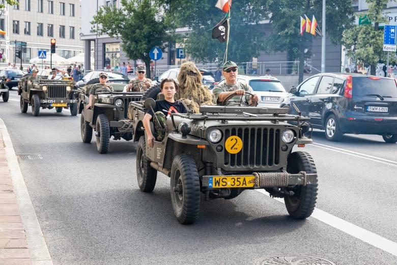 W piątek, 21 czerwca, o godz. 17 ulicami Białegostoku ruszyła parada opancerzonego sprzętu wojskowego. Odbyła się w ramach 9. edycji Pikniku Militarnego