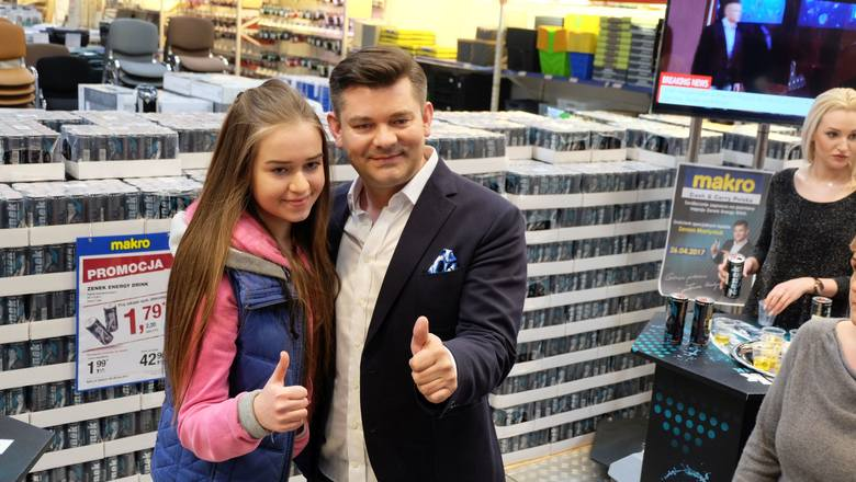 Zenek Martyniuk promował Energy Drink sygnowany jego imieniem.