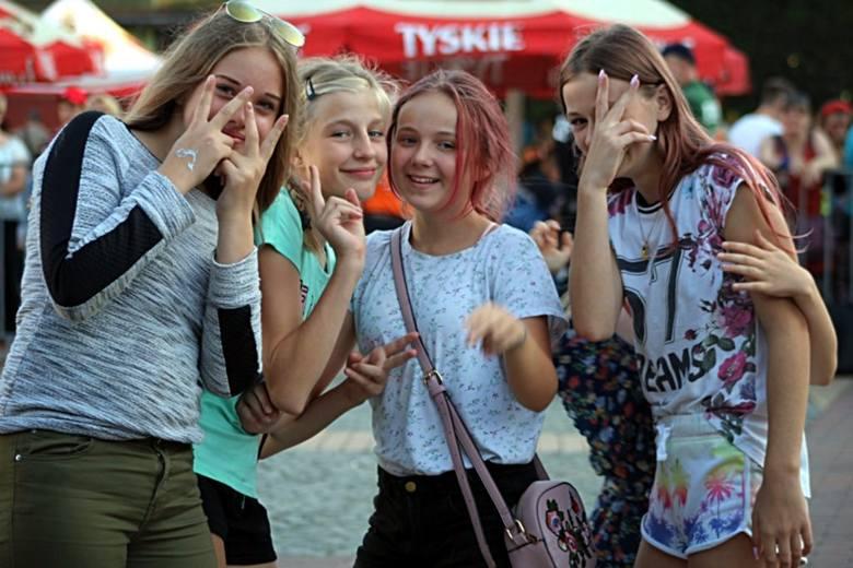Trwają Dni Białogardu 2019. W sobotę obok licznych atrakcji, nie brakowało również koncertów. Wystąpili: zespół Łzy, Damian Ukeje oraz Volodja.