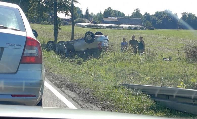 W sobotę, około godz. 13, na krajowej dziewiętnastce doszło do wypadku