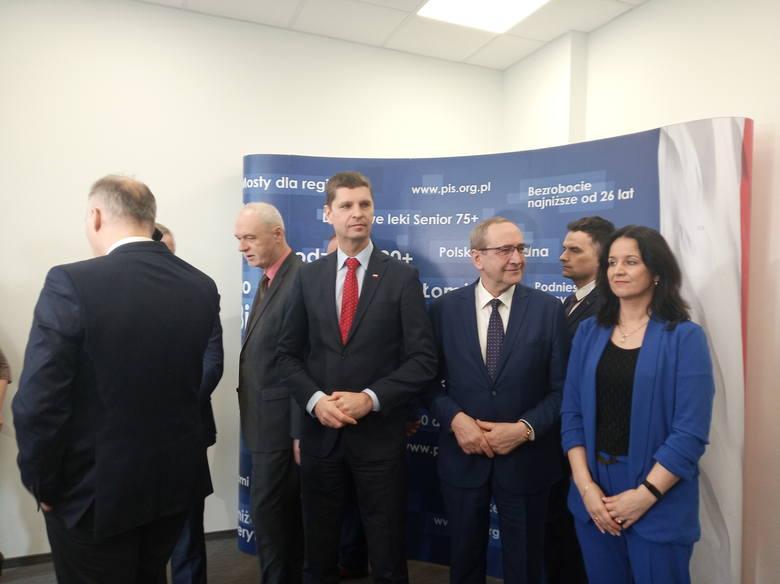 PiS przedstawiło regionalny sztab wyborczy prezydenta Andrzeja Dudy, który ubiega się o reelekcję