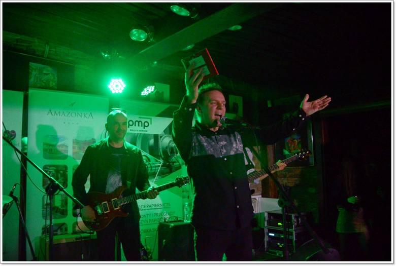 W poniedziałek (11.02) na scenie HARD ROCK PUBU PAMELA wystąpił zespół LEV AARONOV. Oto fotorelacja z tego wydarzenia.Michał Maliszewski, lider zespołu