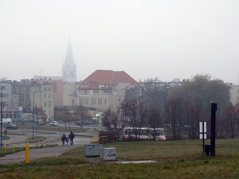 Szczecinek – zadymiona Perła Pojezierza Drawskiego. Mieszkańcy z nadzieją oczekują programu, wszak stężenie benzo(a)pirenu w powietrzu kilkakrotnie przekracza