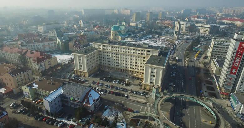 Rzeszów to jedyne miasto na Podkarpaciu, które zgodnie z ustawą o elektromobilności będzie musiało ograniczyć kierowcom starych samochodów dostęp do