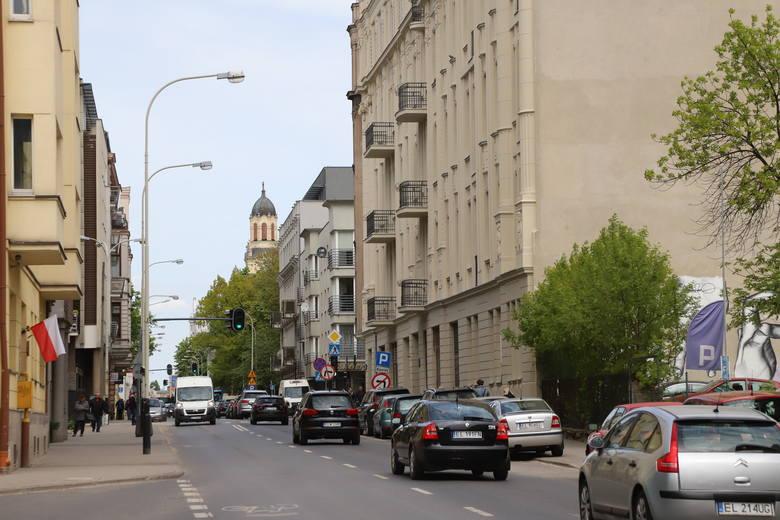 Przebudowa Sienkiewicza będzie trwała długo, ponieważ najpierw wymieniona zostanie podziemna infrastruktura, czyli wodociąg i gazociąg. Dlatego ulica