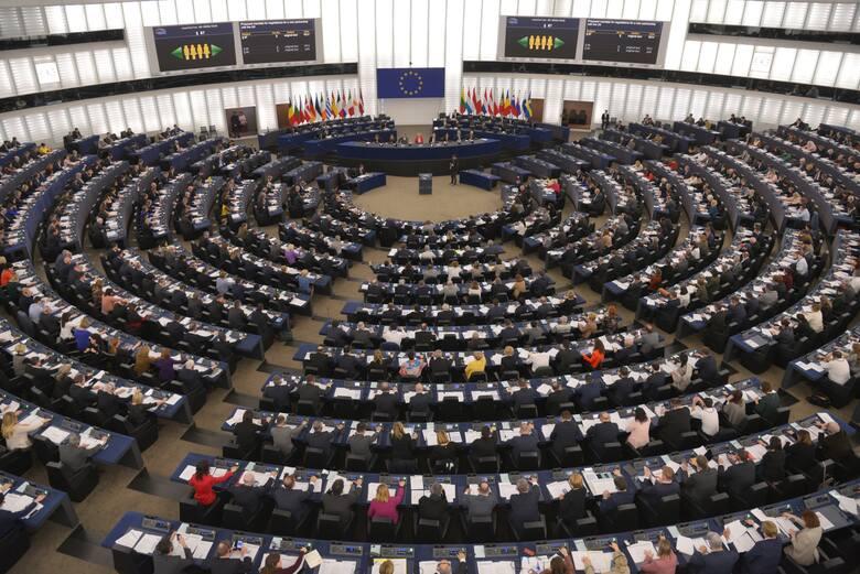 Parlament Europejski przyjął rezolucję w sprawie mechanizmu praworządności. Jest odpowiedź Ministerstwa Sprawiedliwości