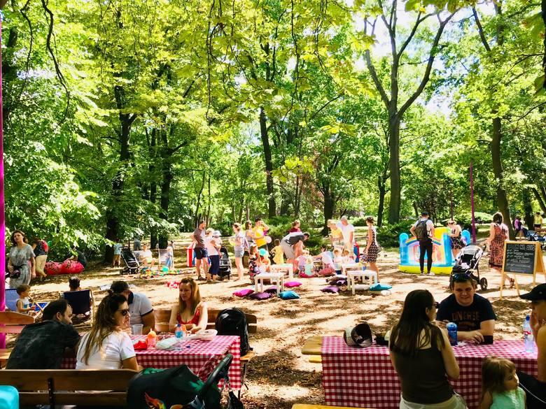 Park Śniadaniowy - to nowy wrocławski pomysł, który już w ubiegłym roku stał się weekendowym hitem. Park Śniadaniowy to cyklicznie spotkania całych rodzin