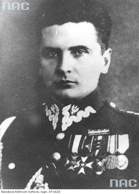 """Rowecki ps. """"Grot"""", pułkownik dyplomowany, był Komendantem Głównym Armii Krajowej - fotografia portretowa."""